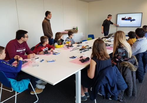 Bot workshop at Melexis Ieper - STEM project